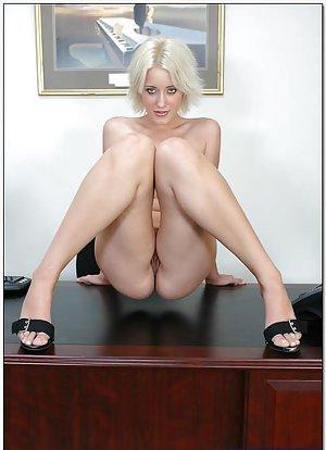 Ass in Office Porn